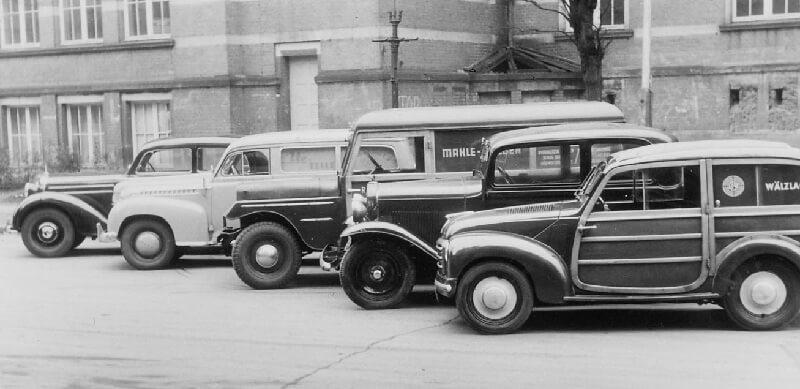 LIPPOLD Historie 1954 800x389